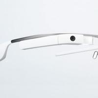 Ha a szemüveg az okosabb…