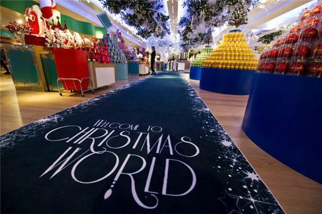 Harrods Christmas World 2011.jpg