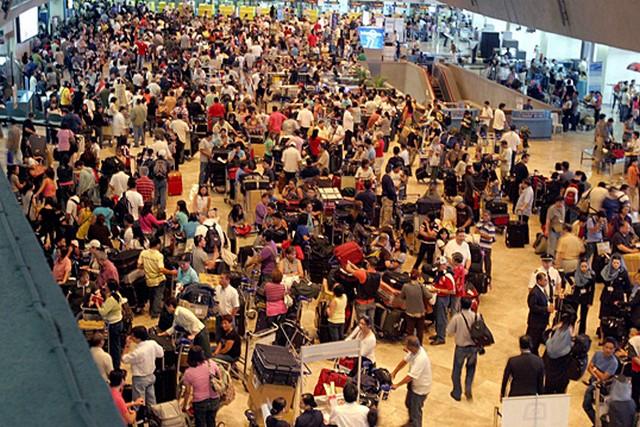 Manilai reptér.jpg