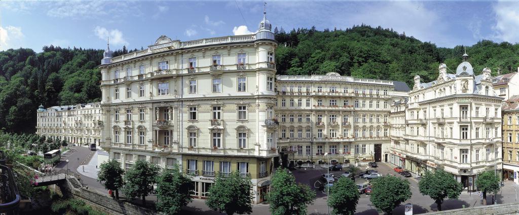 casino_royale_foto_grandhotel_pupp.jpg
