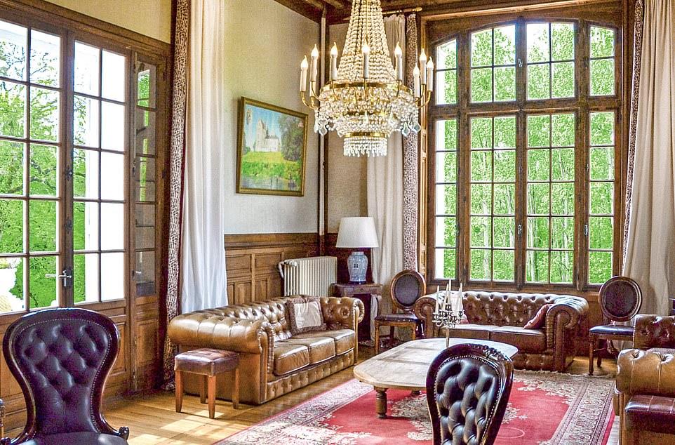 chateau_de_villejovet.jpg