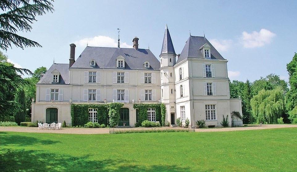 chateau_de_villers_1.jpg