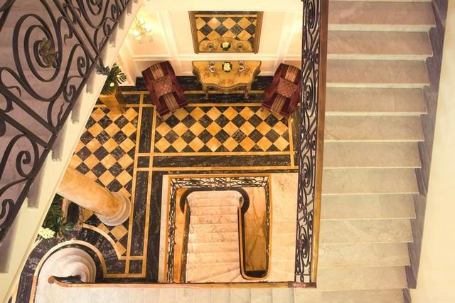 lépcsőház.jpg