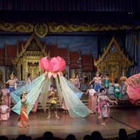 Nong Nooch, Thaiföld - hagyományos táncelőadás