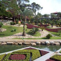 Nong Nooch, Thaiföld - úszó kert