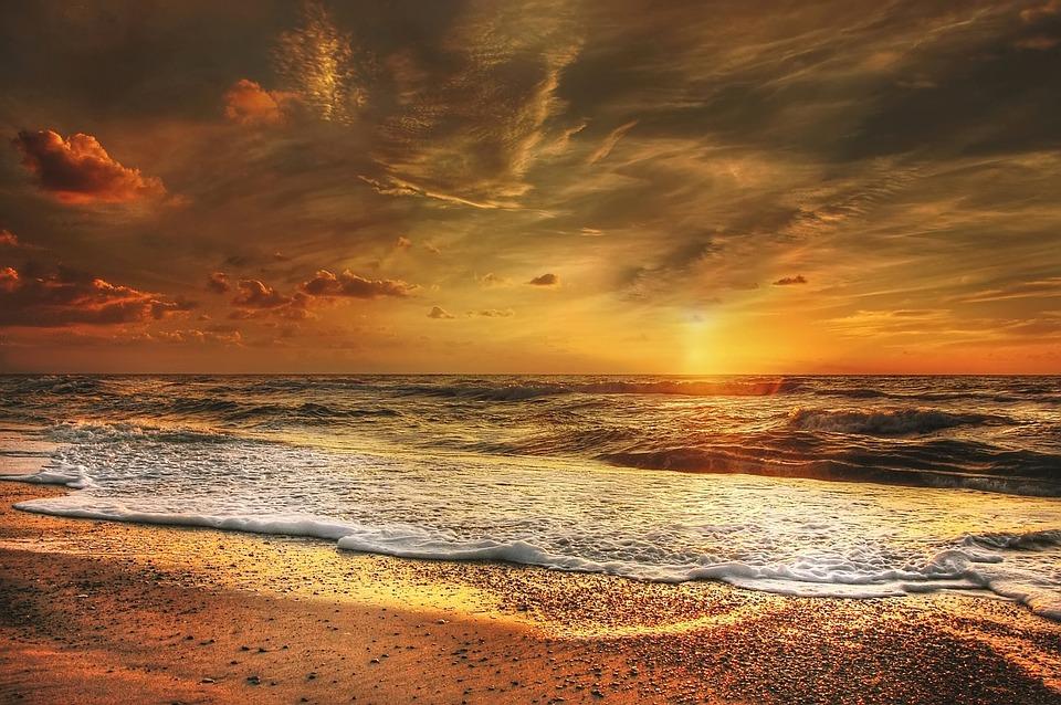 sunset-2191645_960_720.jpg