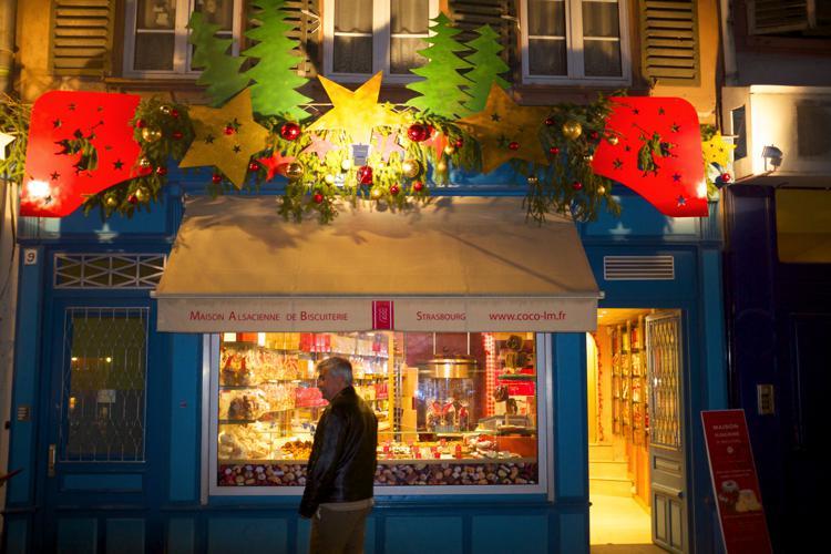 weihnachtsmarkt_strassburg_christmas_bakery_buscuiterie_strasbourg_g6i63.jpg