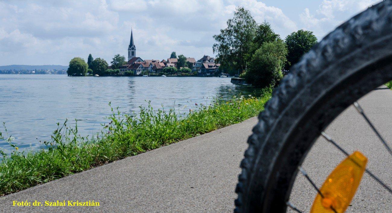 Tóparton bicajjal - Fotó: dr. Szalai Krisztián