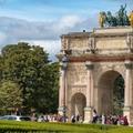 Napóleon még ma is főhajtásra kényszerít mindenkit Párizsban