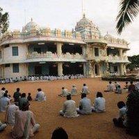 Szeretetért szeretetben egy ashramba