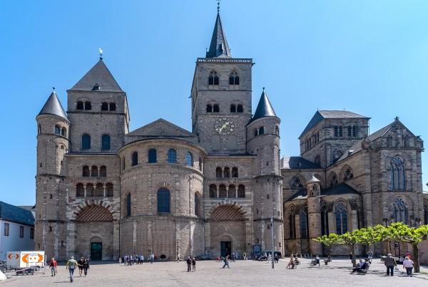 10_katedralis_trierben_kicsik.jpg