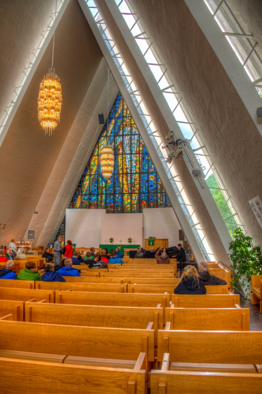 16_arctic_cathedral_hdr_kicsik.jpg