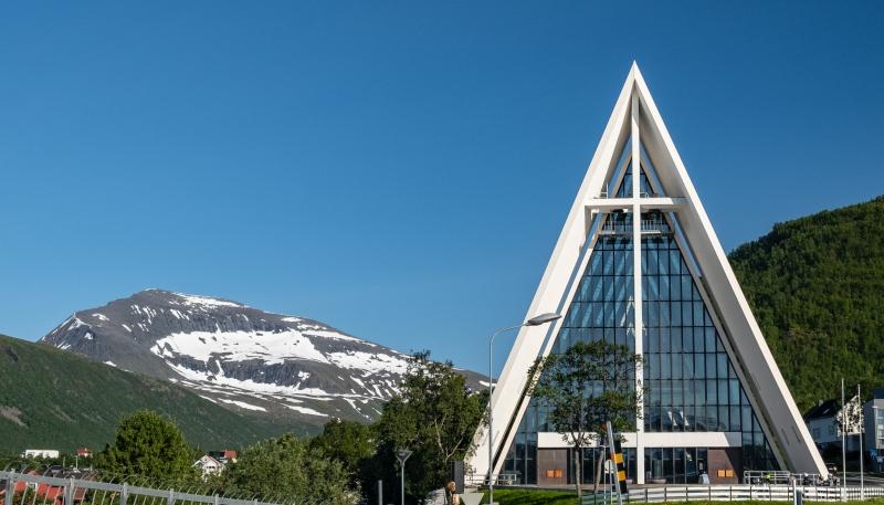 1_arctic_cathedral_a_hidrol_kicsik.jpg