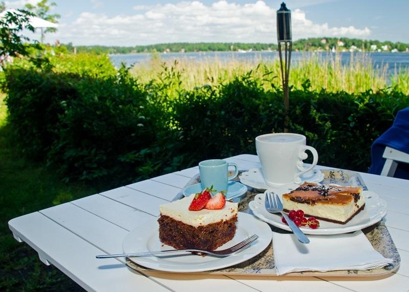120_Kaffe_und_Kuchen_Vaxholmon
