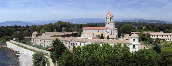 kolostor_saint_Honorat_panorama_small_600x232.jpg