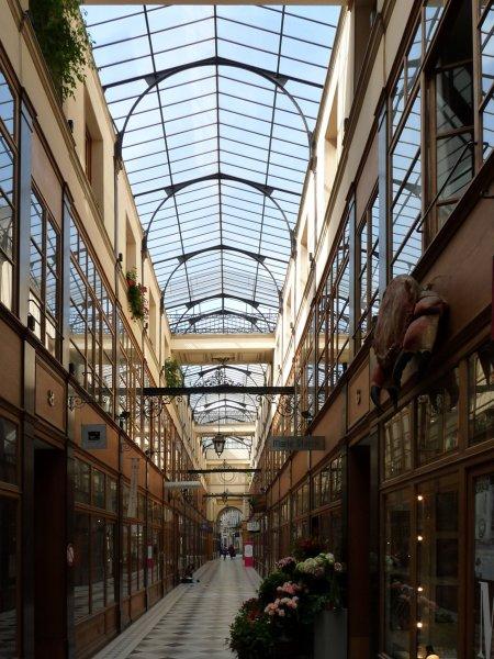 Paris_passage_du_grand_cerf_450x600.jpg