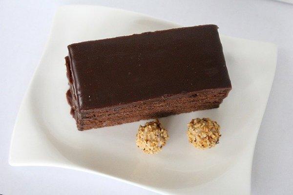 sacher-cake-635774_640