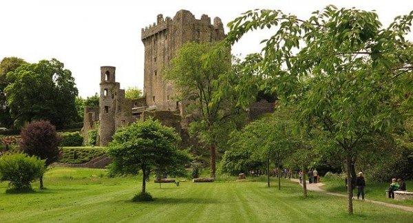 blarney_castle_550111_640_600x324.jpg