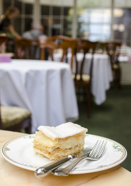 Cafe_Mozart_small_424x600.jpg