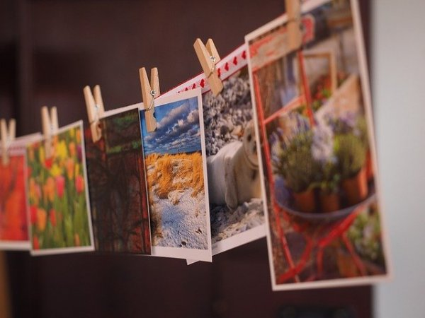 postcards-1174179_640