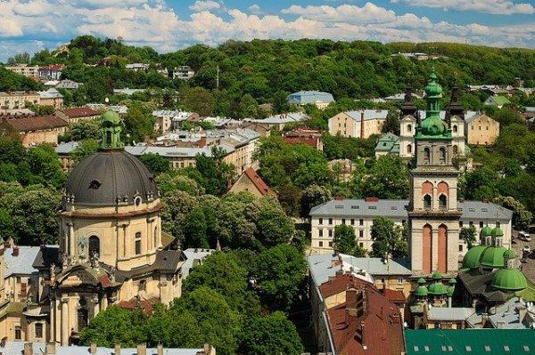 lviv-1393324_640