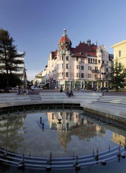ungar_mayer_palota_szeged_D_MG_9107_746x1024_437x600.jpg