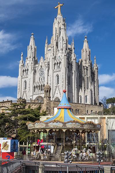 tu_ndenek_blogra_8_katedralis_es_vursli_small.jpg