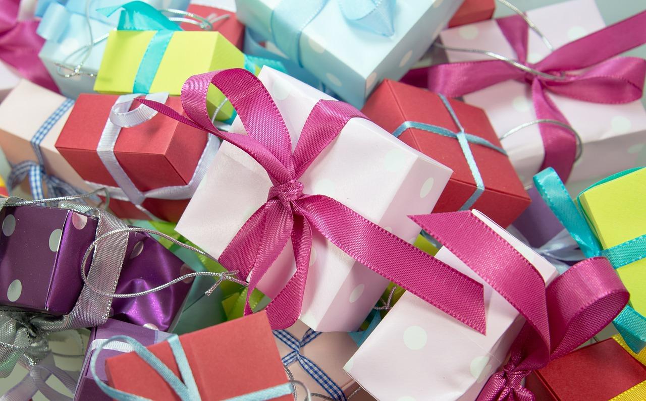 gift-444520_1280.jpg