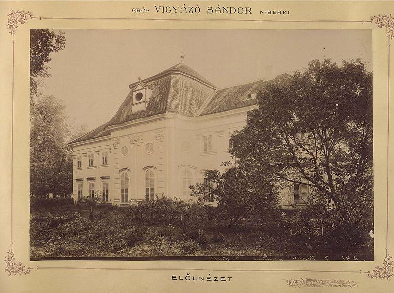 nagyberki_somogy_megye_a_vigyazo-kastely_elolnezete_1895-1899_kozott_fortepan_83427.jpg