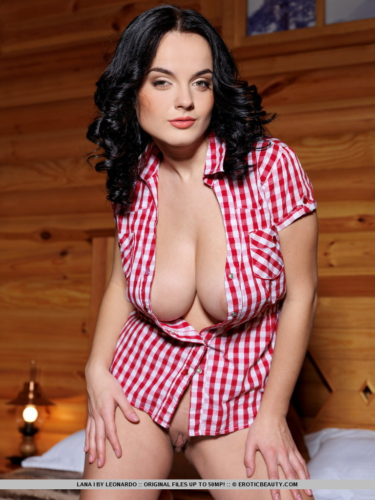 lana-i-private-cabin-03.jpg