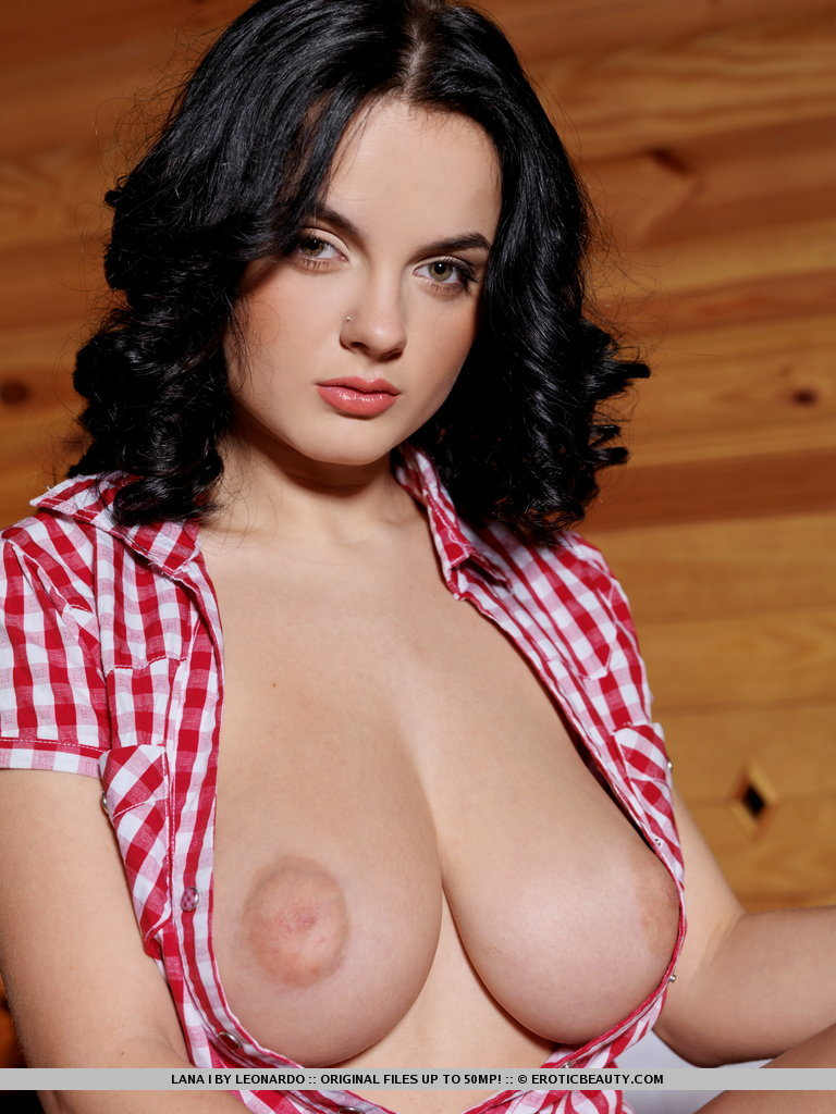 lana-i-private-cabin-04.jpg