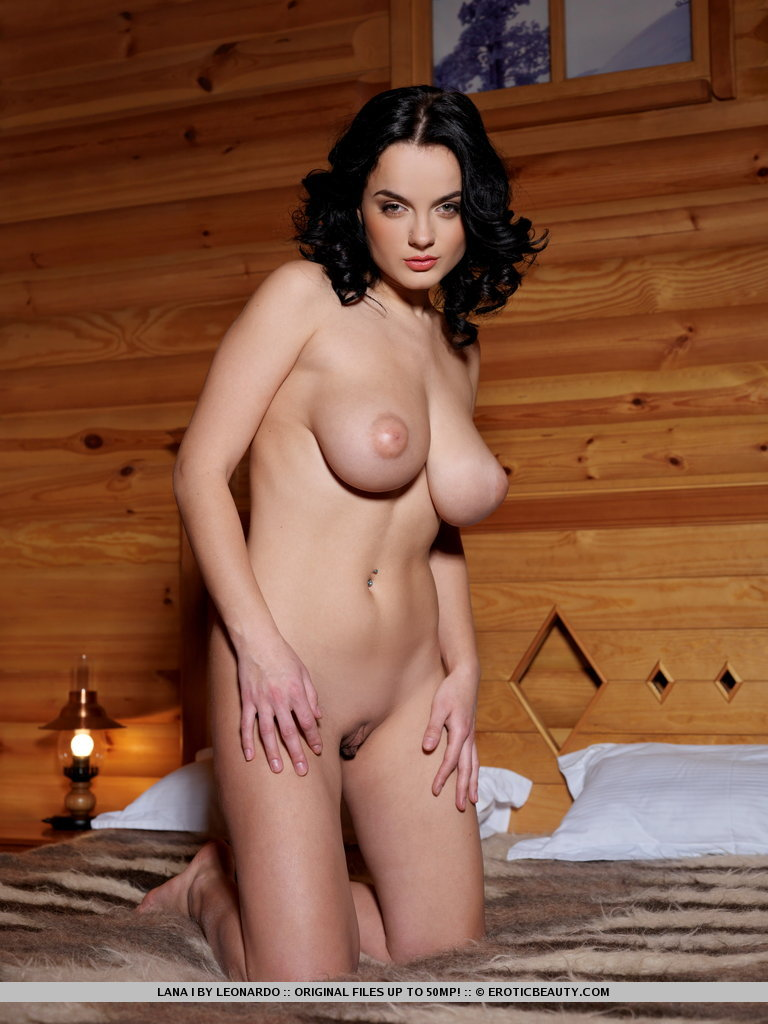lana-i-private-cabin-09.jpg