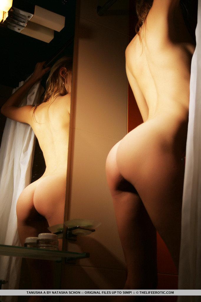 tanusha-a-mirror-mirror-14.jpg