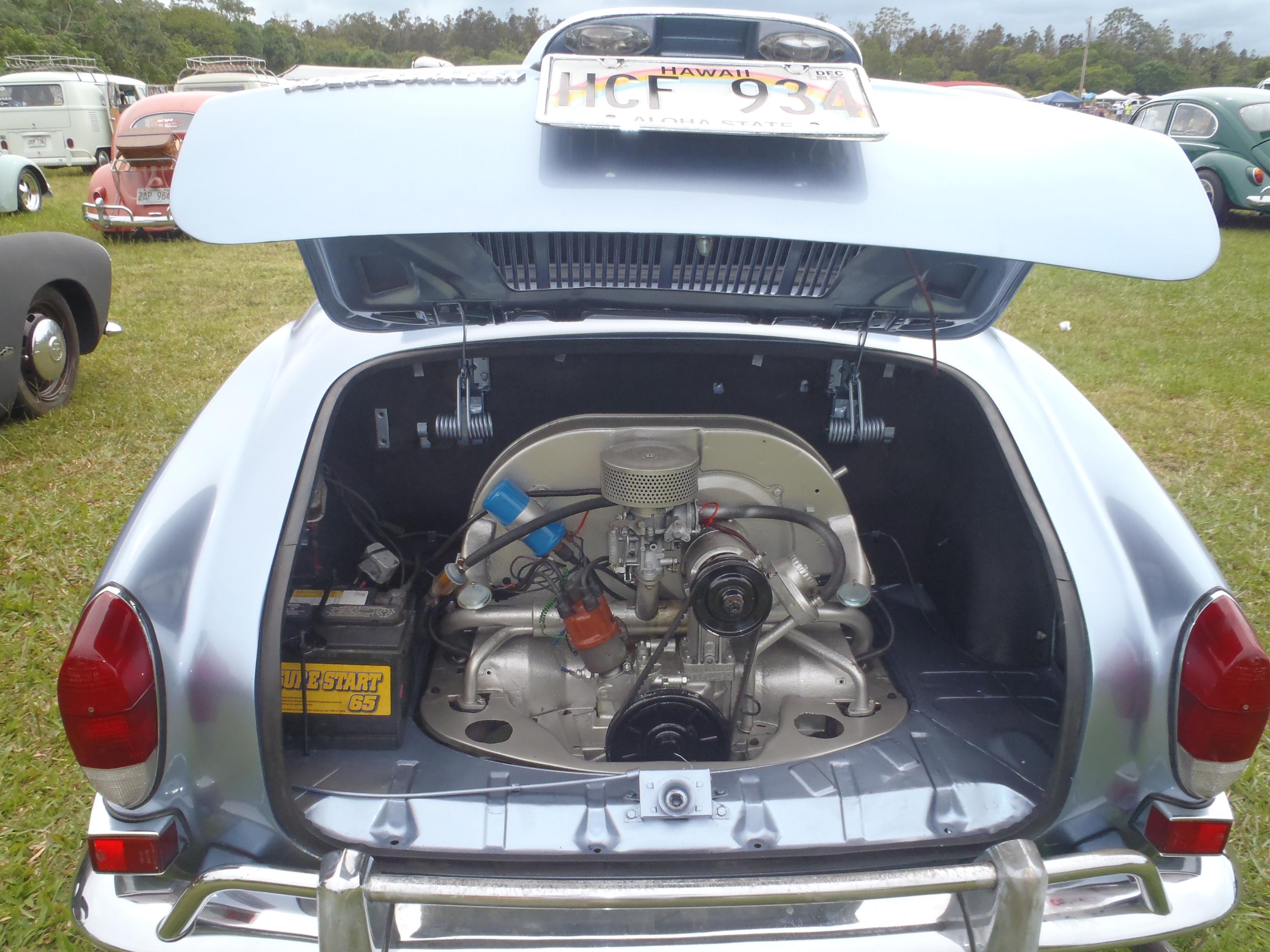 VW Bug-In 001.JPG