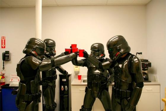 5-carbon-fiber-stormtroopers.jpg