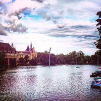 #travelblogger #travelphotography #vajdahunyadcastle #cloudlovers #history #oldtown #castle #hungary #capital #travelwithme #szilviaschafferphotography #carpediem
