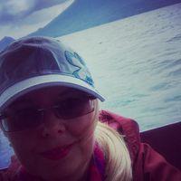 #photoblogger #byboat  #lagoatitlan #lake #waves #vulcano #latinamerica #daretotravel #carpediem #szilviaschafferphotography