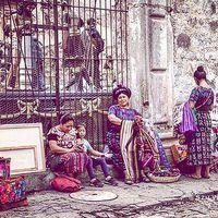#market #latinamerica #handcraft #streetlife #photoshoot #photoblogger #jesusculture #lifeishard #beautifulcolours #carpediem #szilviaschafferphotography