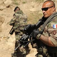Gyűrű a Francia Légióba...