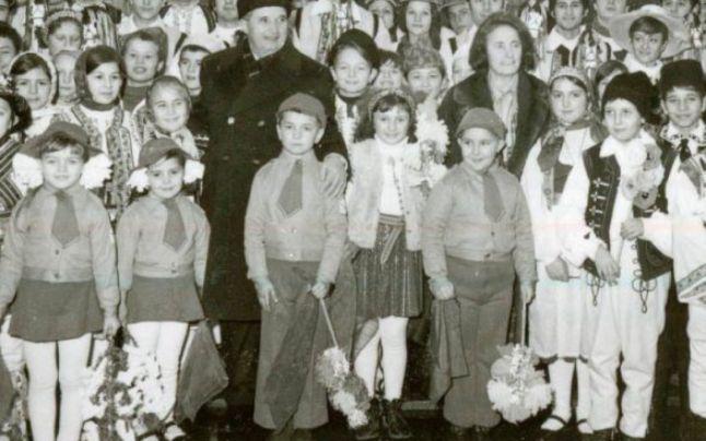 ceausescu.jpg
