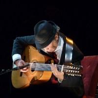 Leonard Cohen: Gitárom felpattant ma (My Guitar Stood Up Today)