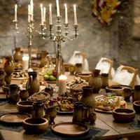 Ünnepi étkezések, kőkemény hatalmi harcok