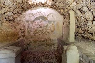 Egy titokzatos vallás misztikus szentélye a Fertő-tájon