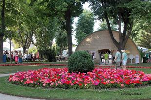 Egy idilli monarchia-korabeli fürdővároska, Bad Sauerbrunn