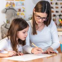 Szülőknek - Anya rajztanfolyamon