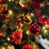 Vigyázz, ha dől a karácsonyfa!