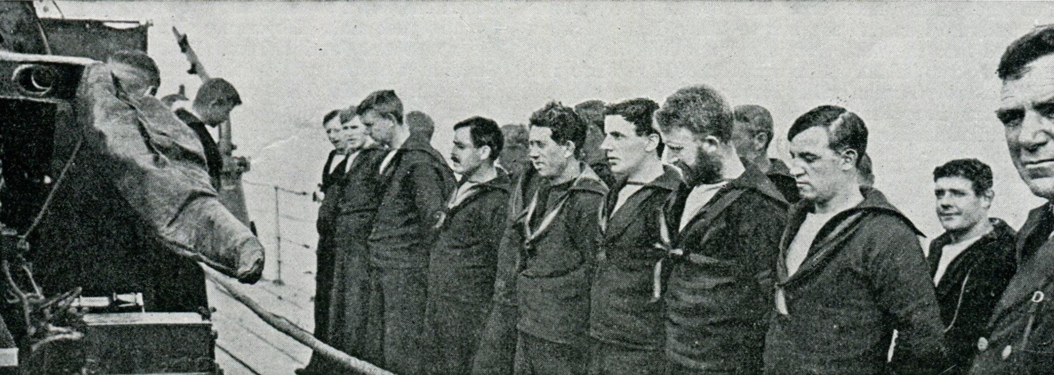72-crew-of-hms-shark-at-divine-service-before-jutlandaaa.jpg
