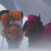 Halál az Everesten II. - Könyörgöm, mentsetek meg!