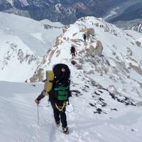 Zuhanás a Denalin 5100 méteren, és ami mögötte van (videó!)