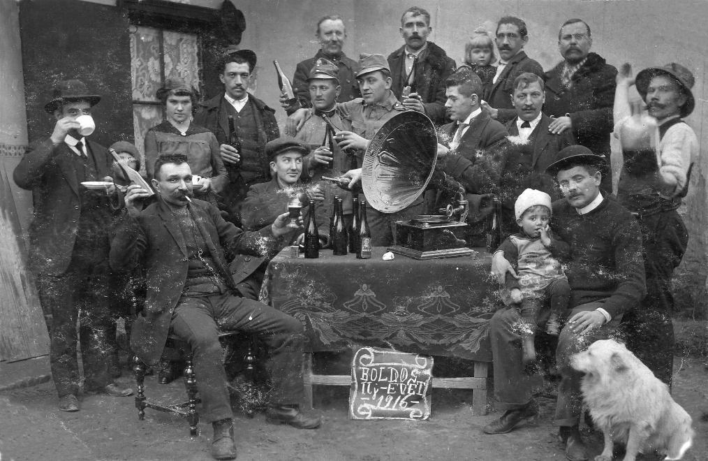 gramofon_1916-fortepan_hu.jpg